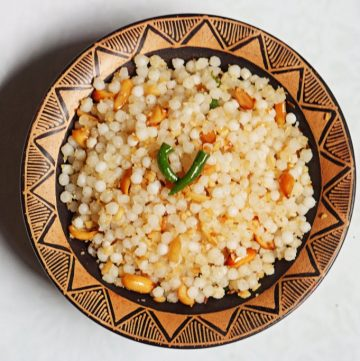 Sabudana Khichdi is eaten on days of fasting