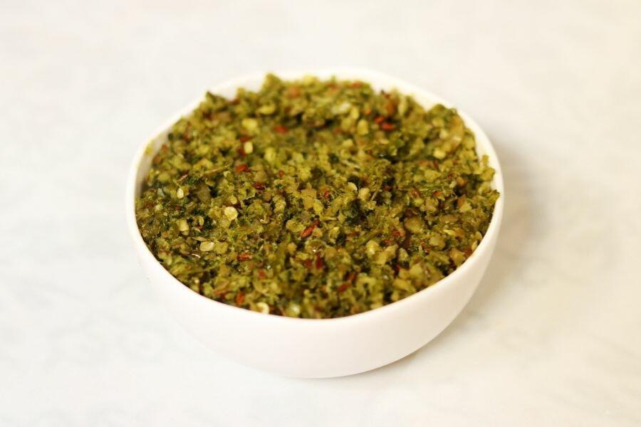 Hirvi Mirchi Kharda: The Spicy Green Chilli CHutney from Maharashtra