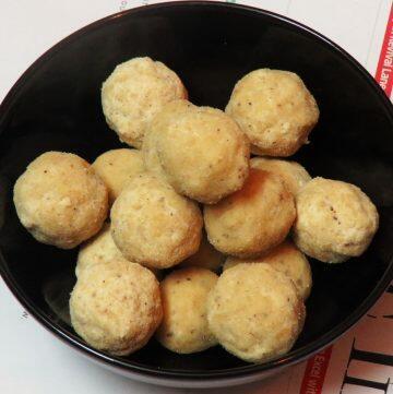 Kesa Mithoi | Rice Flour Laddu with Jaggery from Assam