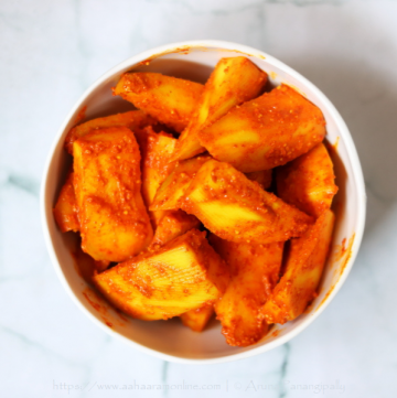Aam ka Hing Wala Achar: Instant, no oil mango pickle flavoured with asafoetida