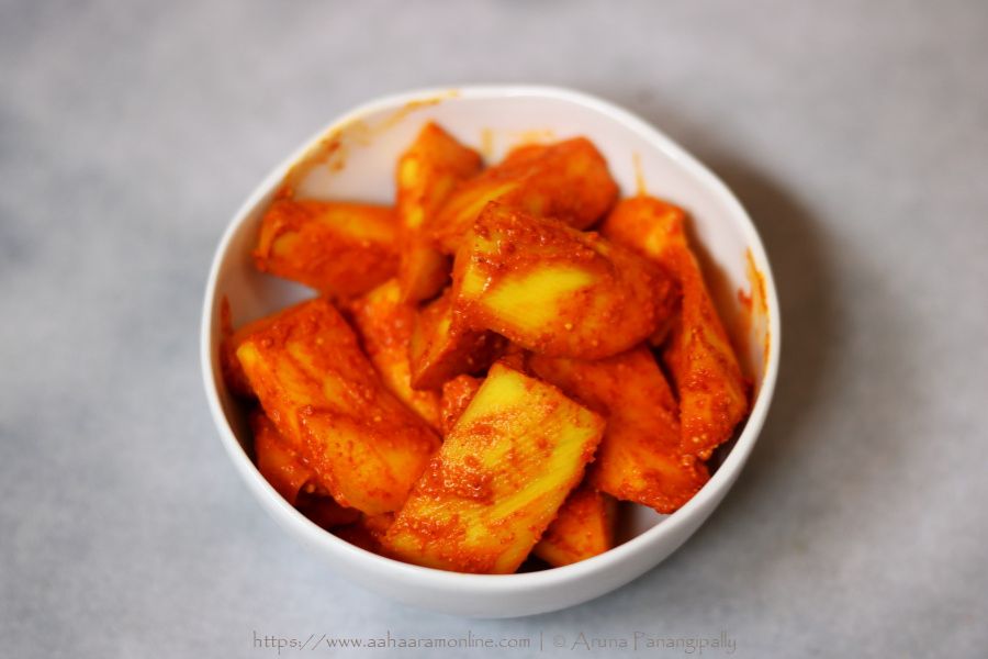 Hing Wala Aam Ka Achar   Instant mango pickle flavoured with Asafoetida and Chilli Powder
