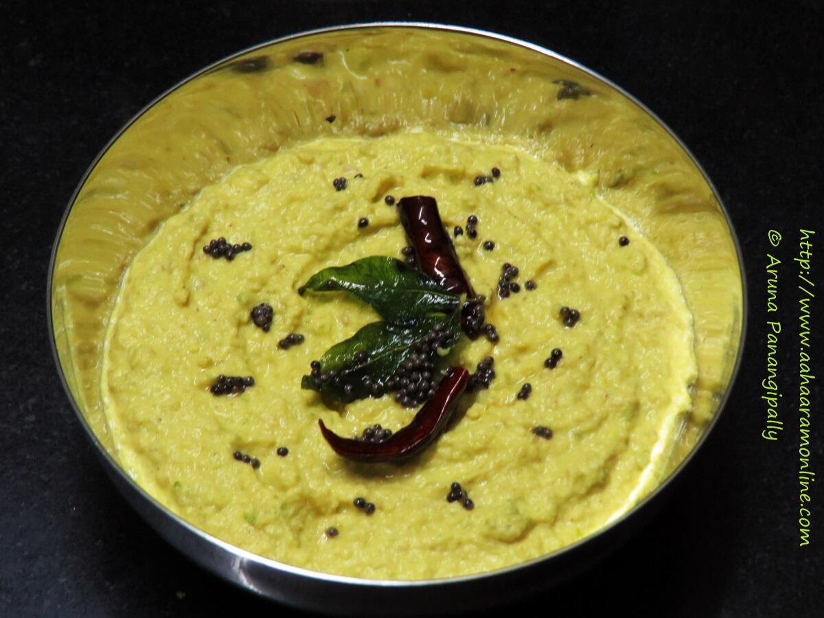 Andhra Mamidikaya Nuvvula Pachadi | Raw Mango and Sesame Chutney