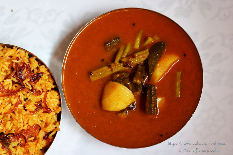 Sindhi Kadhi | Vegetable Stew in a Tamarind Gravy