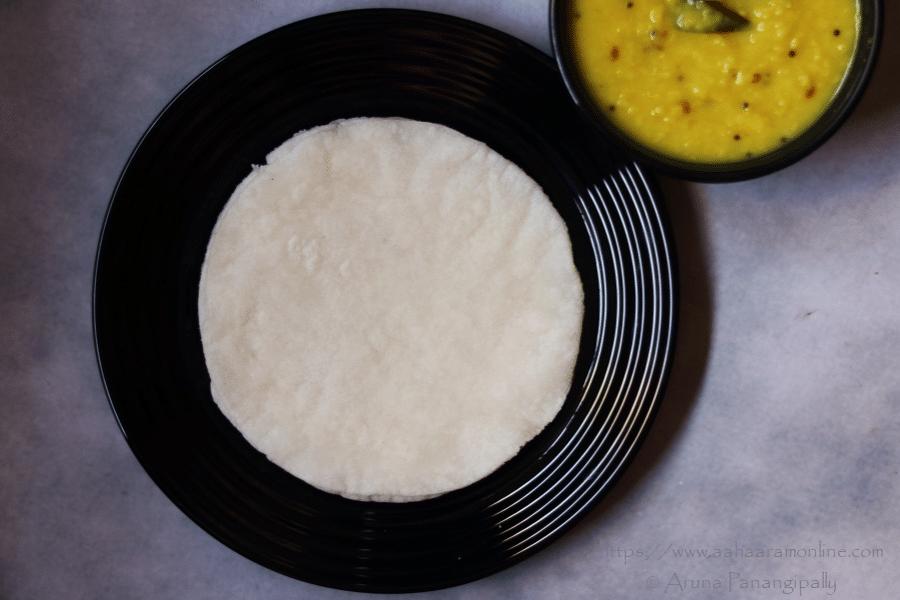 Gluten Free Rice Flour Roti (Flatbread) | Tandalachi Bhakri