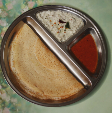 Rice and Poha Dosa is a think, crisp and light Indian crepe that is suited for a Renal Diet (Kidney Diet)