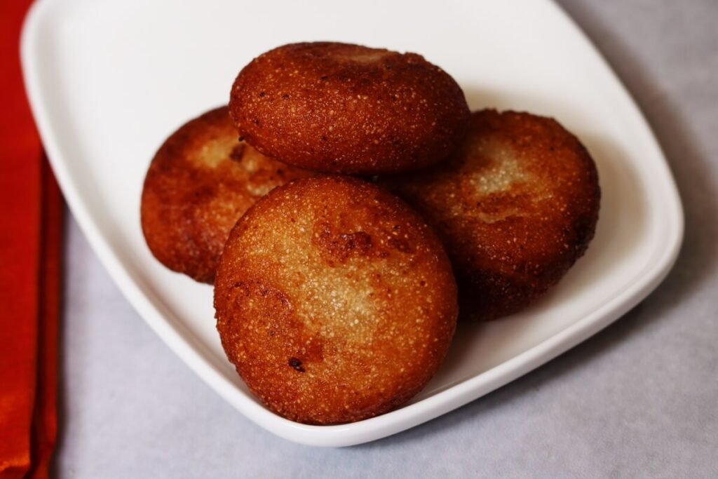 Rava Appalu: Deep-fried Suji Halwa Discs from Andhra and Telangana